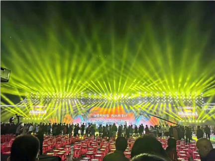 庆祝中国70周年大型晚会2.jpg